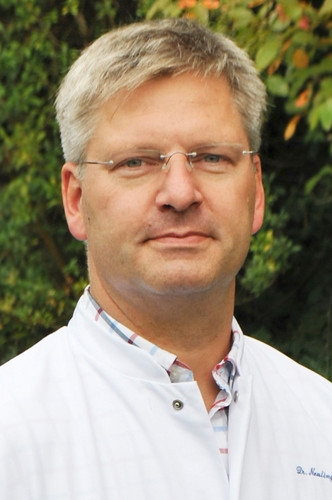 Dr. Andreas Neulinger
