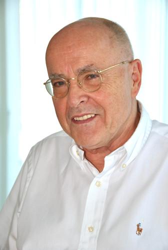 Dr. Justus Pohl